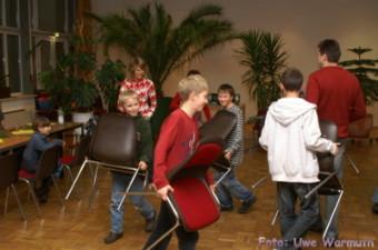 Malerin Beatrice: Geregelter Stuhlgang - Uwe Warmuth