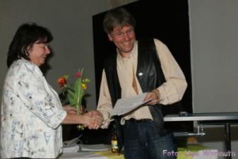Ilona Montag dankt Uwe Ebermann für seine Arbeit als Vereinspräsident - Uwe Warmuth