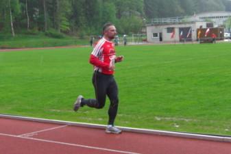 14.05.2010: 3.000 m bei strömendem Regen - Oliver Müller