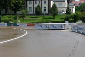 08.08.2010: Hochsprunganlage ist ca. 30 m geschwommen - Steffen Zimmermann