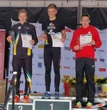 18.05.2016 Artur Stehr (links) bei der Siegerehrung der Duathlon-DM - Bautzener Triathlon-Freunde