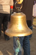 Für einige bestimmt die Glocke der Erlösung - noch eine Runde. - Uwe Warmuth