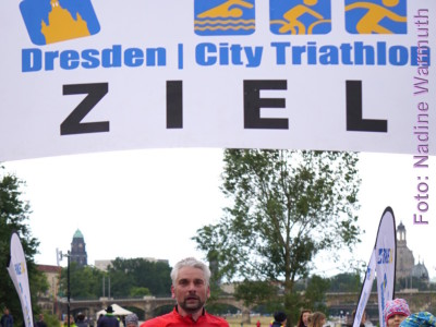 Uwe Warmuth beim Dresden City Triathlon