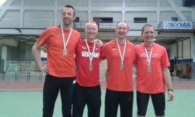 Steffen Scholze wird Weltmeister mit der deutschen 4x200-m-Staffel